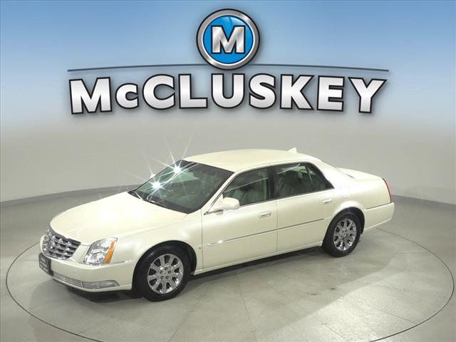 Pre-Owned 2009 Cadillac DTS 1SB